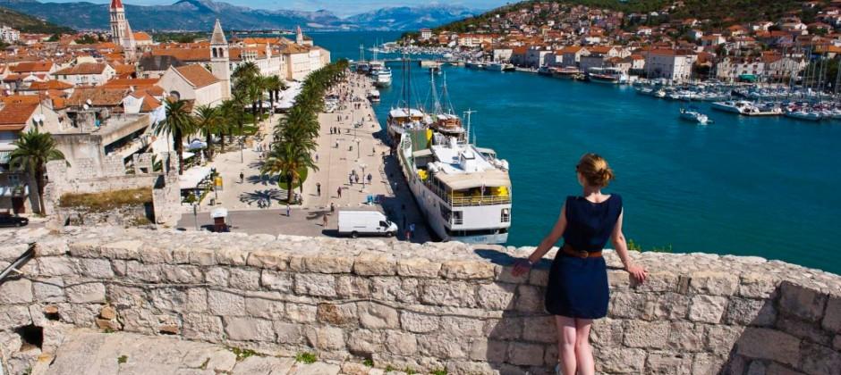 Split: Excursion to Blue