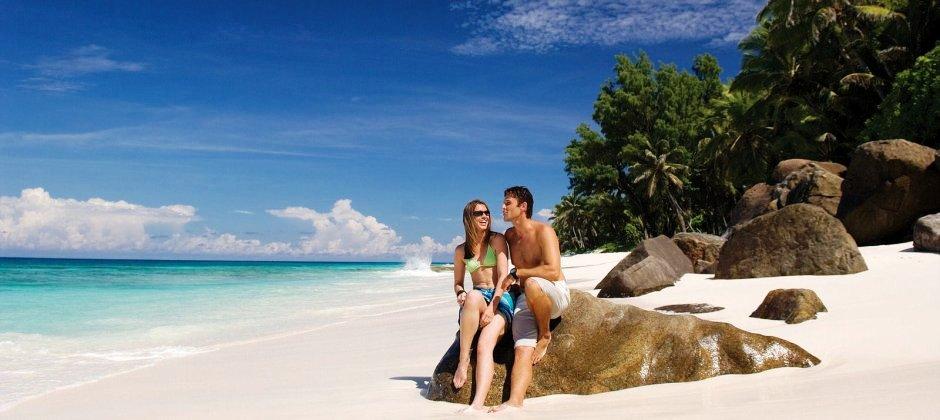 Mahe Island - Praslin Island (45 Mins)