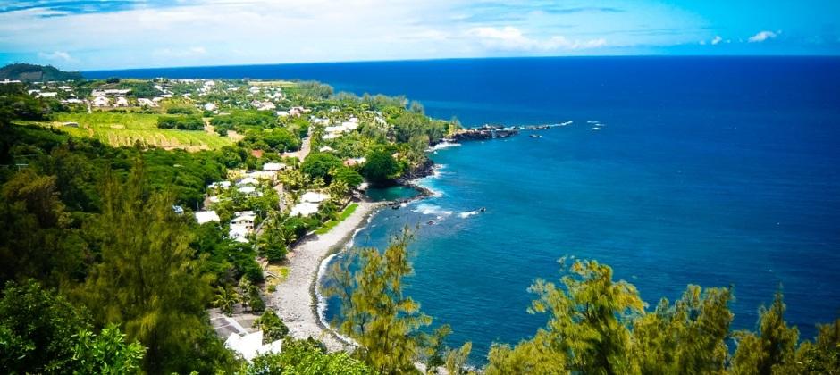 Arrive Reunion Island